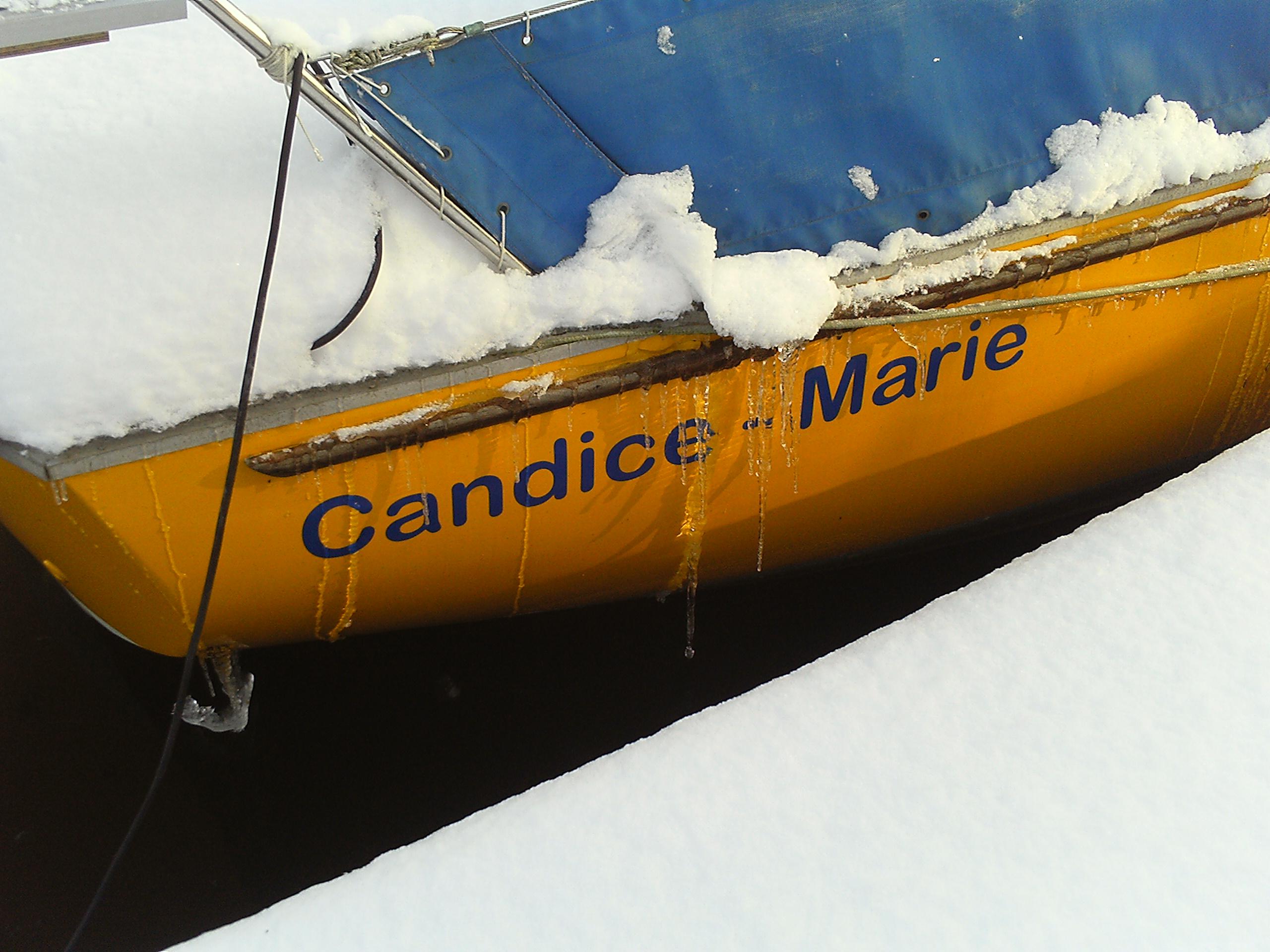Candice-Marie mit Eistränen