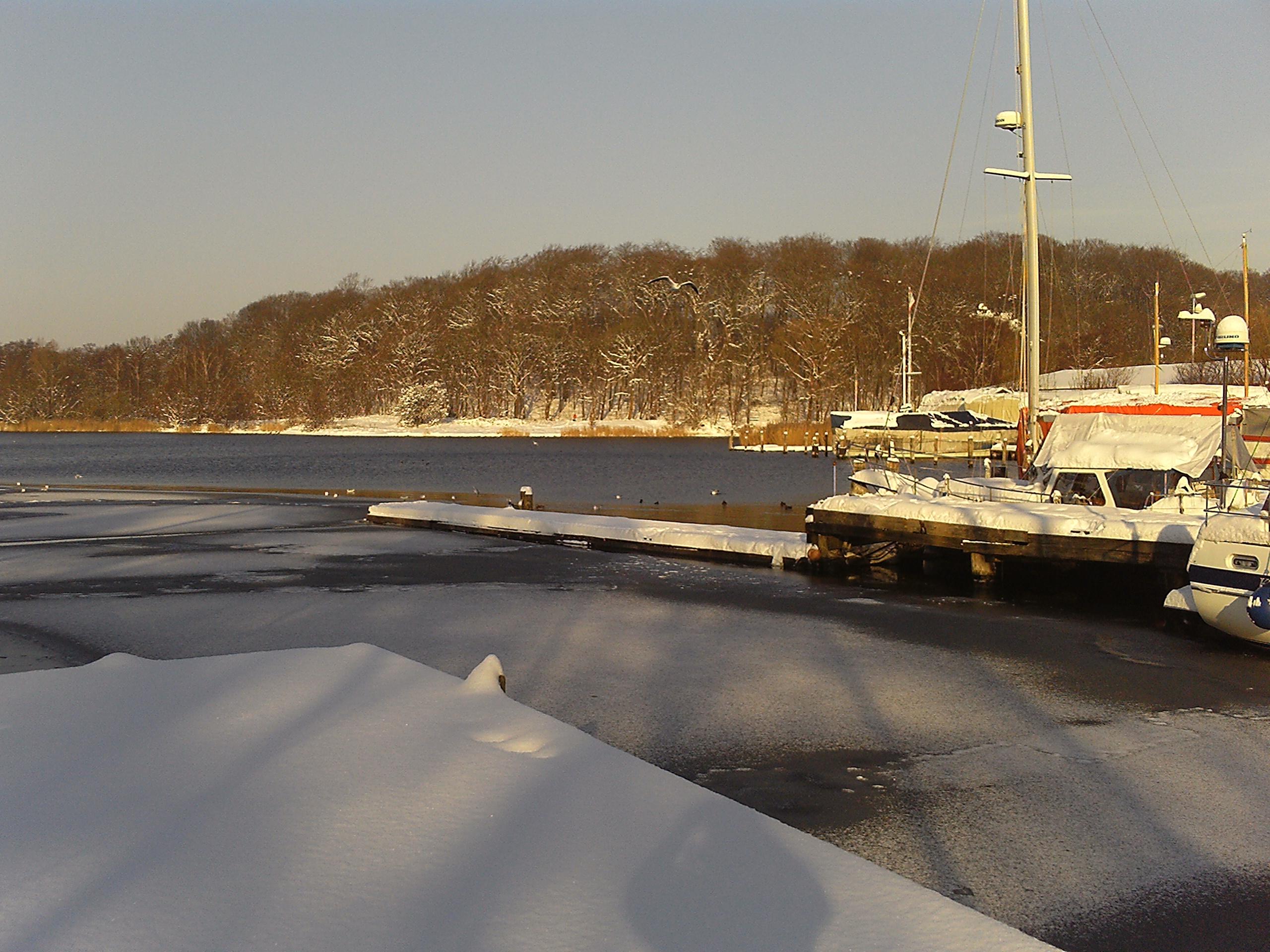 Obereider Yachtservice im Winter